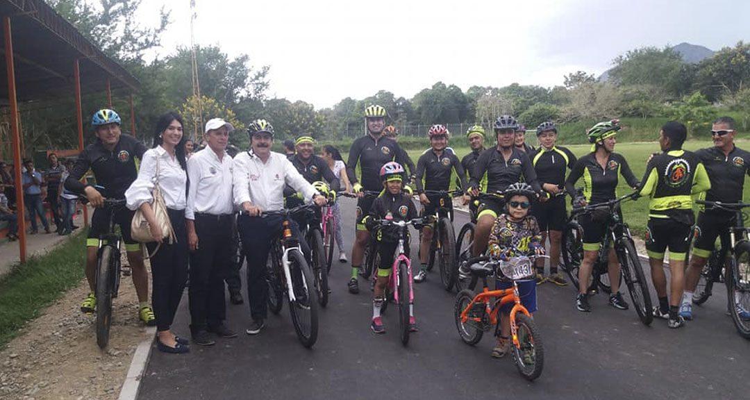 Gobernador del Huila y Alcalde de Gigante entregan obras a las comunidades.