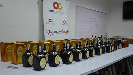 Autoridades incautan whisky y cerveza de contrabando en Neiva