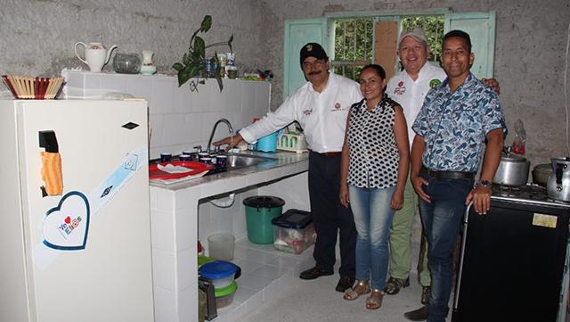 Gobernador del Huila y Alcalde de Elías ponen en marcha obras de acueducto