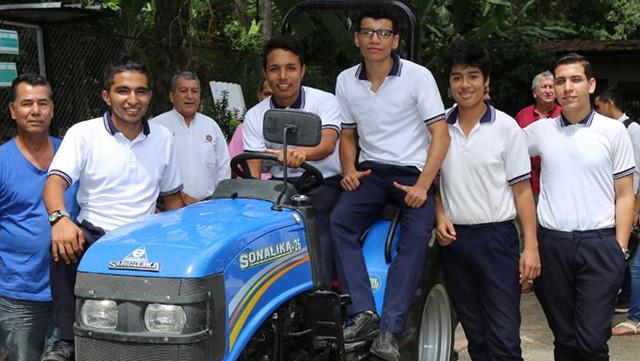 Gobernación del Huila fortalece formación en colegios agropecuarios