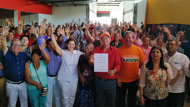 Partido liberal entrego Aval al ex alcalde Iván Luna en Gigante
