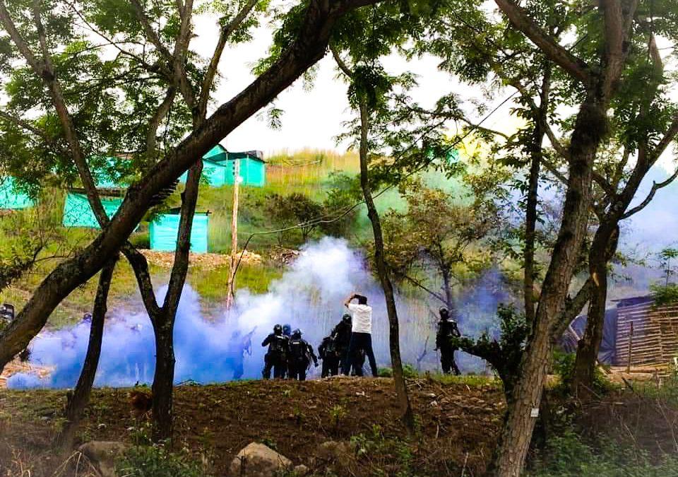 Tensión por orden de desalojo de familias que invadieron un predio en Garzón